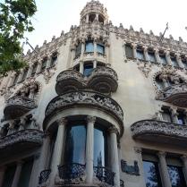 La Casa Lleó Morera, de Lluís Domènech i Montaner.